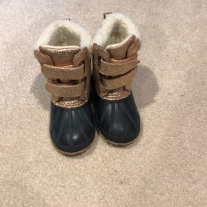 Gap Toddler Sherpa Duck Boots Size 7/8